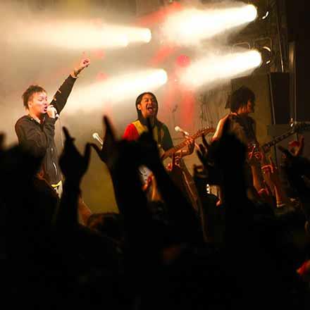 バンドのライブにおけるアンコールは茶番なのか?