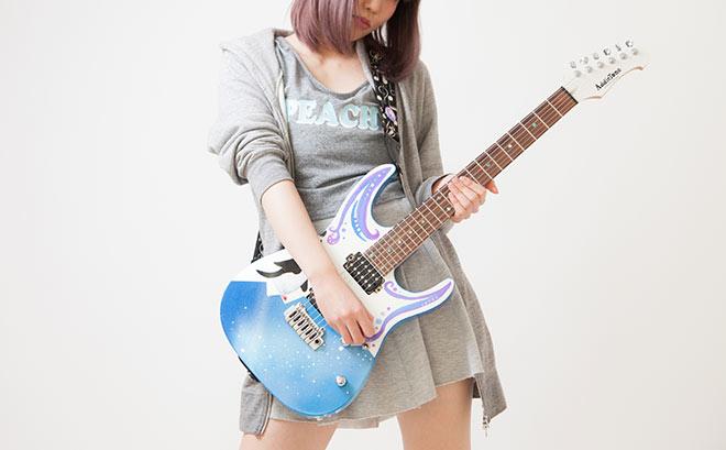 エレキギターを買うなら通販と楽器屋さん(実店舗)のどっちがオススメ?